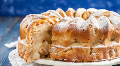 яблоки, пирог яблочный, шарлотка яблочная, из яблок, пироги, еда, кулинария, рецепты кулинарные, советы кулинарные, кухня, к чаю, праздничный стол, пироги яблочные, как испечь яблочный пирог, Домашний бело-розовый зефир, Идеальный яблочный пирог, Оладьи из тыквы с яблоком и изюмом, Сыпучий пирог с яблоками, Тонкие блинчики с карамелизированными яблоками, Тыквенно-яблочные оладьи, Французский яблочный пирог «Татен», Яблоки в глазури с корицей и бренди, Яблоки в карамели на палочке, Яблочная шарлотка, Яблочно-творожные оладьи из тыквы, Яблочные монстры — рецепты и идеи на Хэллоуин, Яблочные пончики с корицей, Яблочный зефир по ГОСТу, как испечь яблочный прог, как приготовить яблочную шарлотку, рецепты из яблок, рецепты с яблоками, что можно приготовить из яблок, пироги с фруктами, пироги фруктовые, оладьи с яблоками рецепт с фото, яблочный зефир в домашних условиях, яблоки в домашних условиях, яблочный зефир рецепт с фото, пирог с яблоками рецепт с фото, оладьи рецепт с фото, лучшие рецепты с яблоками, вкусные рецепты с яблоками, пирог на день рождения, рецепты на яблочный спас,