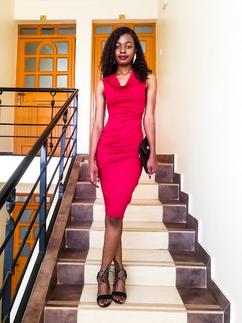 How To Style A Wine Red Dress For a Date
