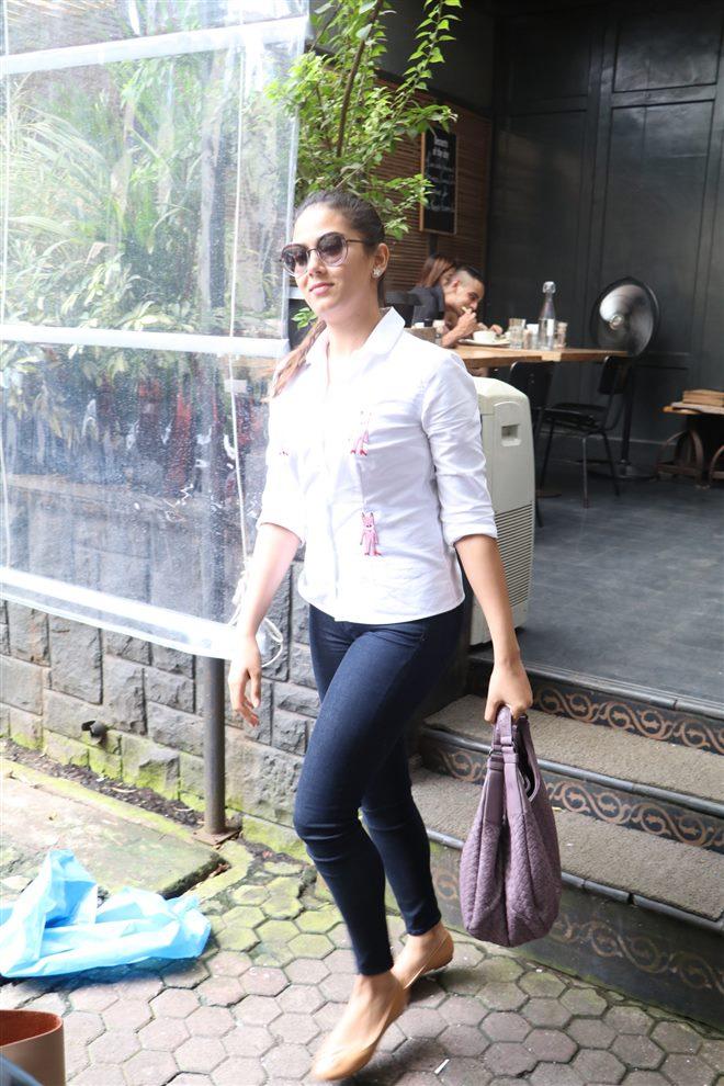 Mira Rajput Spotted At Suzette, Bandra