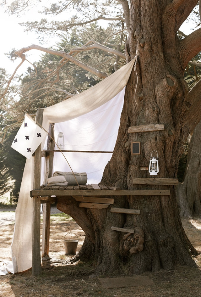Simple Treehouse | Treehouse Ideas To Make Lasting Childhood Memories In