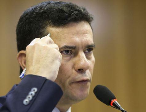 Pacote anticrime de Moro viola a Constituição, diz associação de defensores públicos