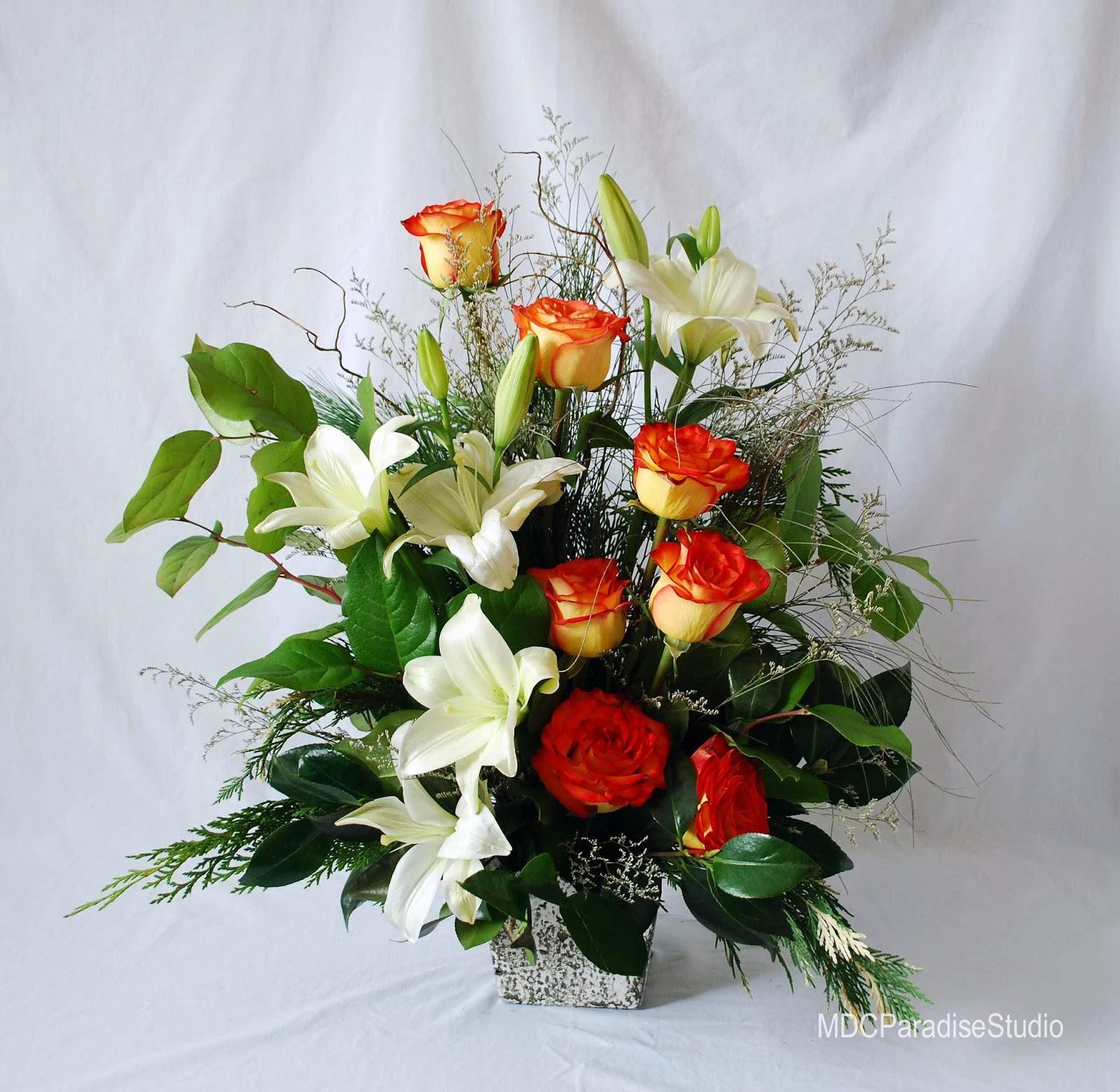 PARADISE FLORAL STUDIO: Christmas Flower Arrangements