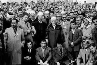 صورة تجمع الشيخ البشير الإبراهيمي والشهيد سيط قطب وثلة من العلماء
