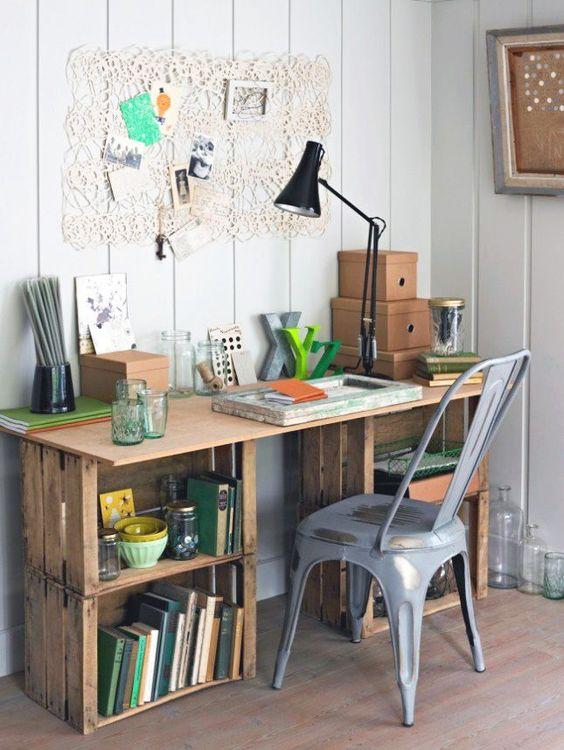 Móveis de Caixotes de madeira no Home Office