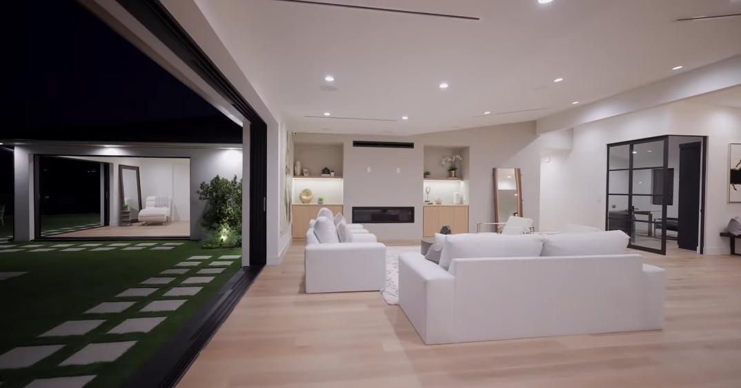 49 Interior Photos vs. 3546 Crownridge Dr, Sherman Oaks, CA Luxury Home Tour