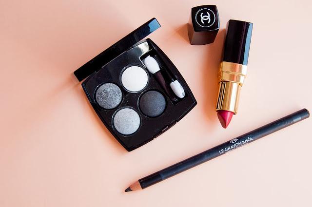 Model lipstik padat