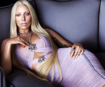 Foto de Lady Gaga recostada
