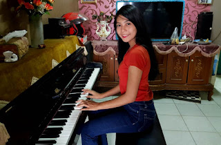 Tukang Stem Piano Jakarta, Service Piano Jakarta, Service Piano