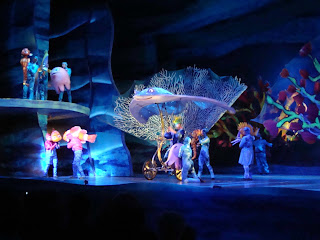 Finding Nemo the Musical Big Blue World Ray
