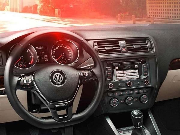 Interior Volkswagen Vento 1.4 Comfortline