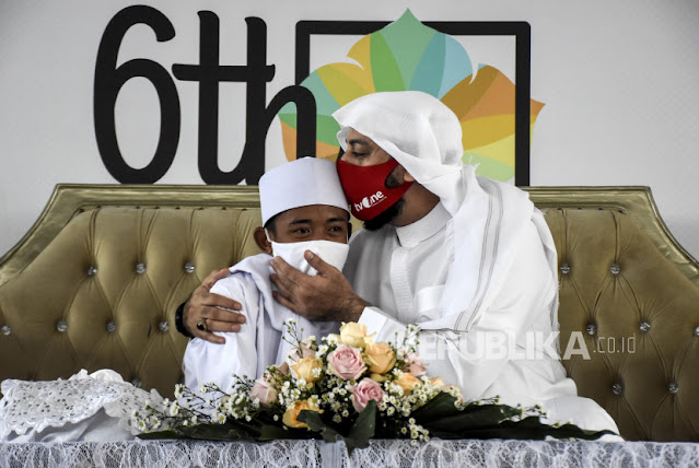 Akbar Pemulung yang Viral Baca Al Quran kini Jadi Anak Angkat Syekh Ali Jaber