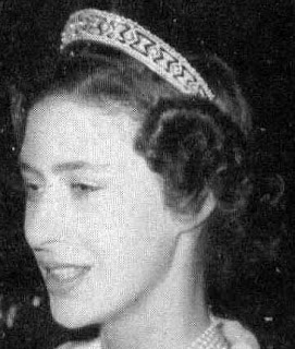 diamond lozenge tiara queen mary united kingdom princess margaret