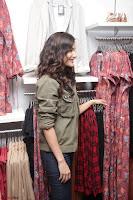 Amyra Dastur Looks Super cute At Denim Atelier (19).JPG