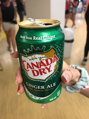 Canada Dry latinha