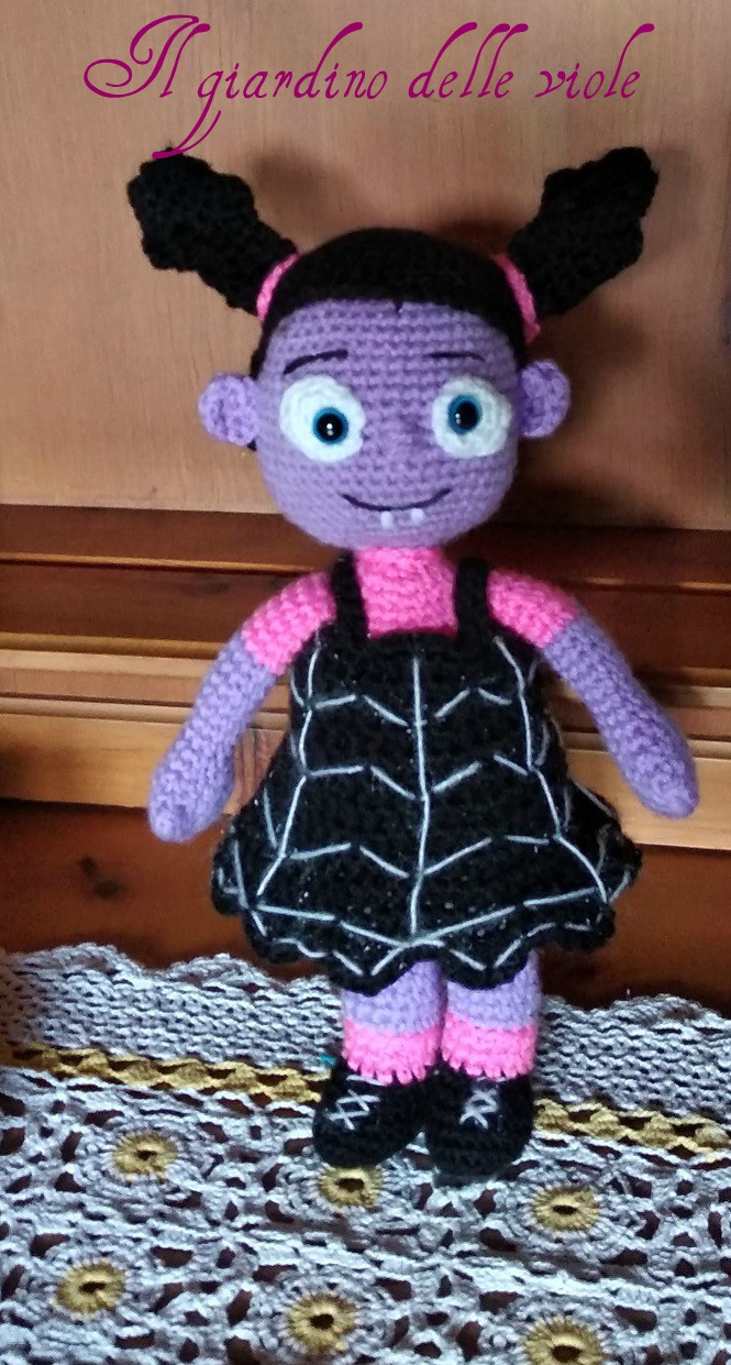 Vampirina Amigurumi Doll pattern by Paris Mitchell (With images ... | 1241x665