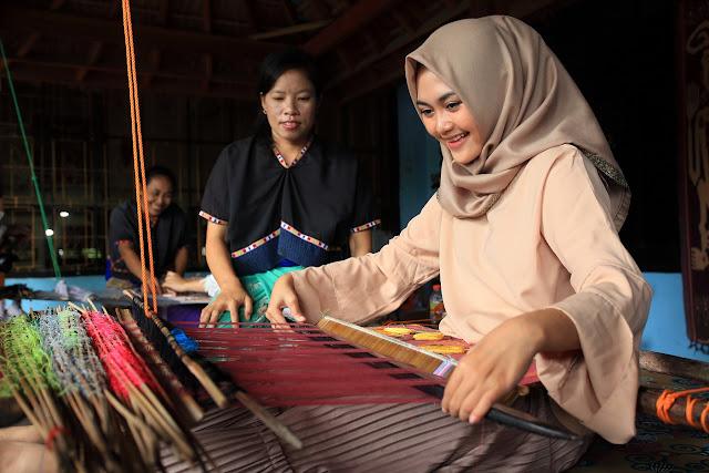 Desa Wisata Sukarara Lombok