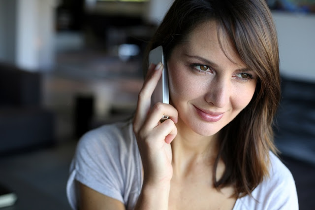 5 Ways to Sound More Professional on the Phone