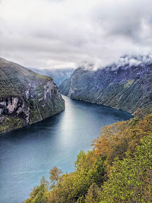 View of Geirangerfjord from Ørnesvingen