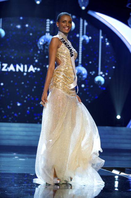b3bcb9f5dd2f Miss Tanzania Winfrida Dominic: Love this gown and love this girl. The  combination of this beautiful girl and this great gown: Perfect.
