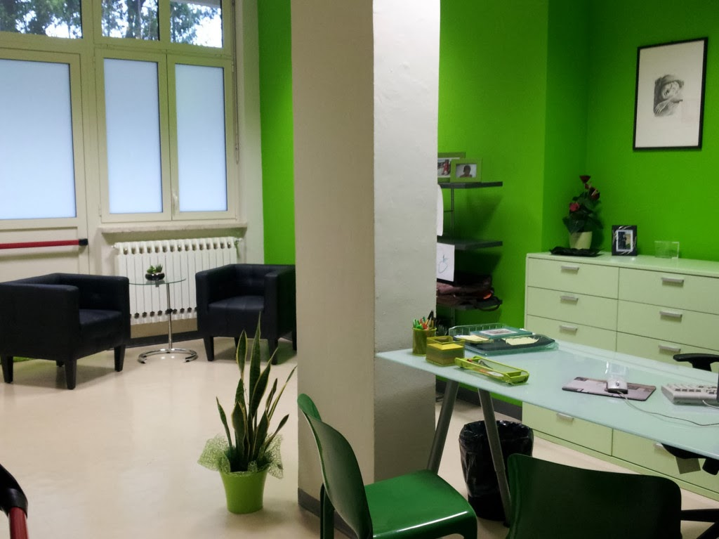 10 fotos de oficinas color verde colores en casa for Interiores de oficinas
