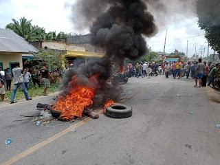 Bupati Labura Turun Kelapangan Redam Kemarahan Warga Guntingsaga Pasca Demo di Jalinsum