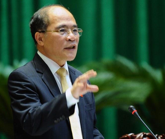 Chủ tịch Quốc hội Nguyễn Sinh Hùng: Thầy chạy