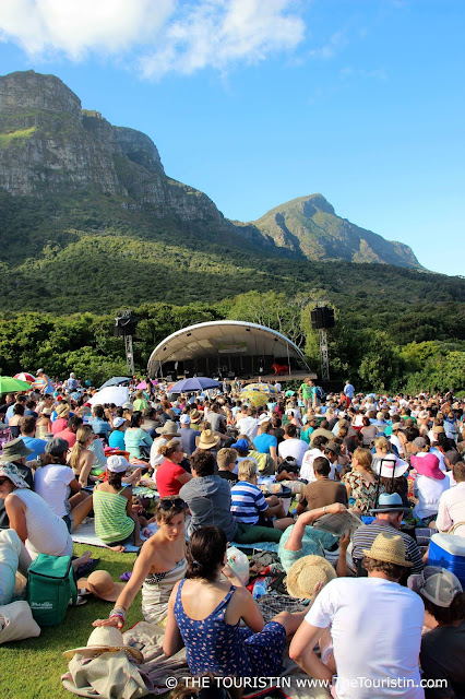 Travel South Africa. Cape Town For Beginners. Kirstenbosch Summer Sunset Concert. Audience