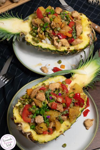 Rezept für gefüllte Ananas mit Teriyaki-Hähnchen und Reis