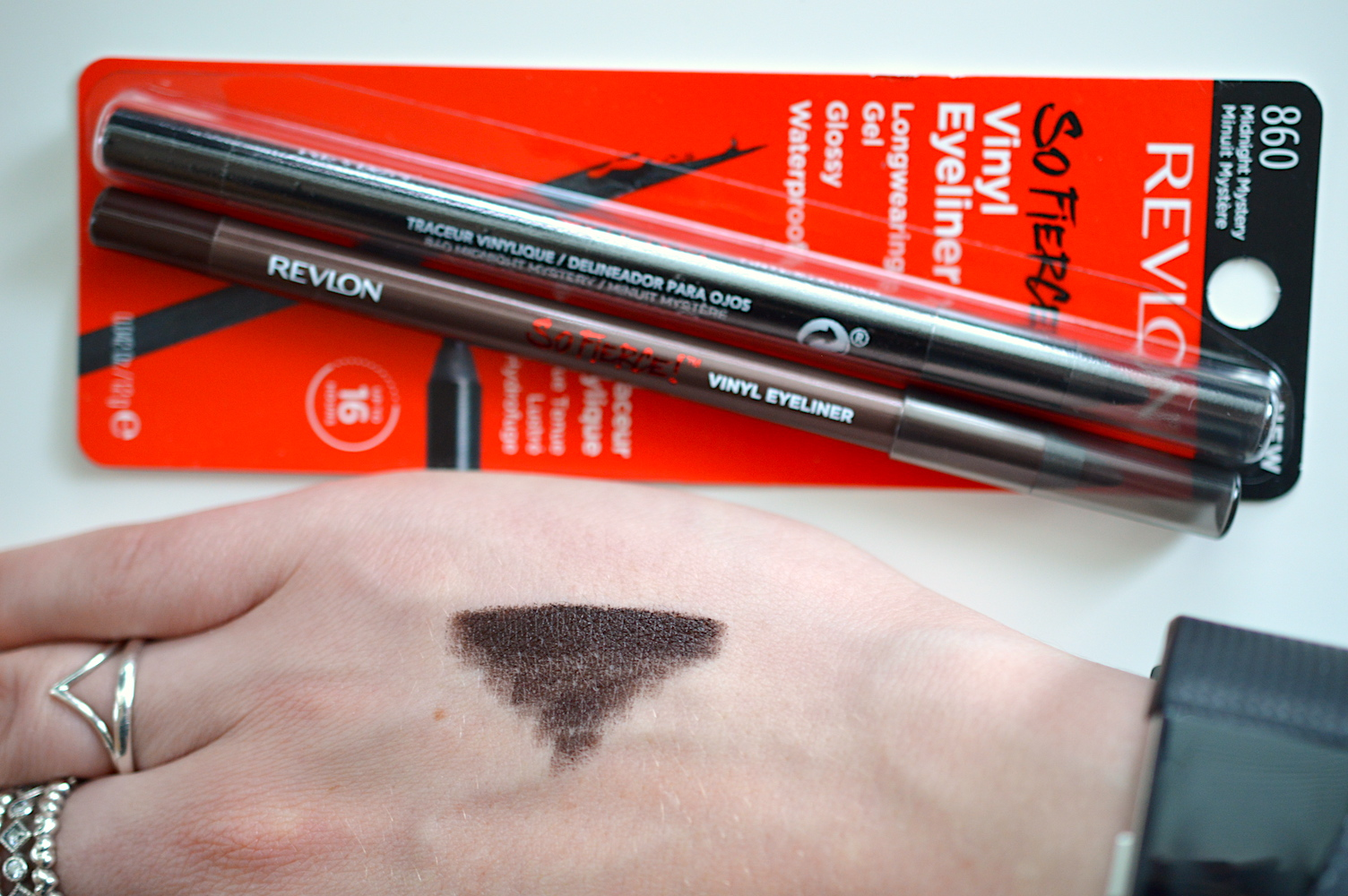 REVLON So Fierce Vinyl Eyeliner Review