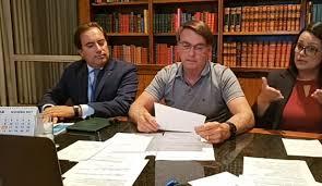 Novo auxílio deve voltar em março, com parcelas de R$ 250, afirma Bolsonaro