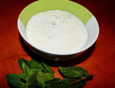 Tzatziki ze sójového jogurtu