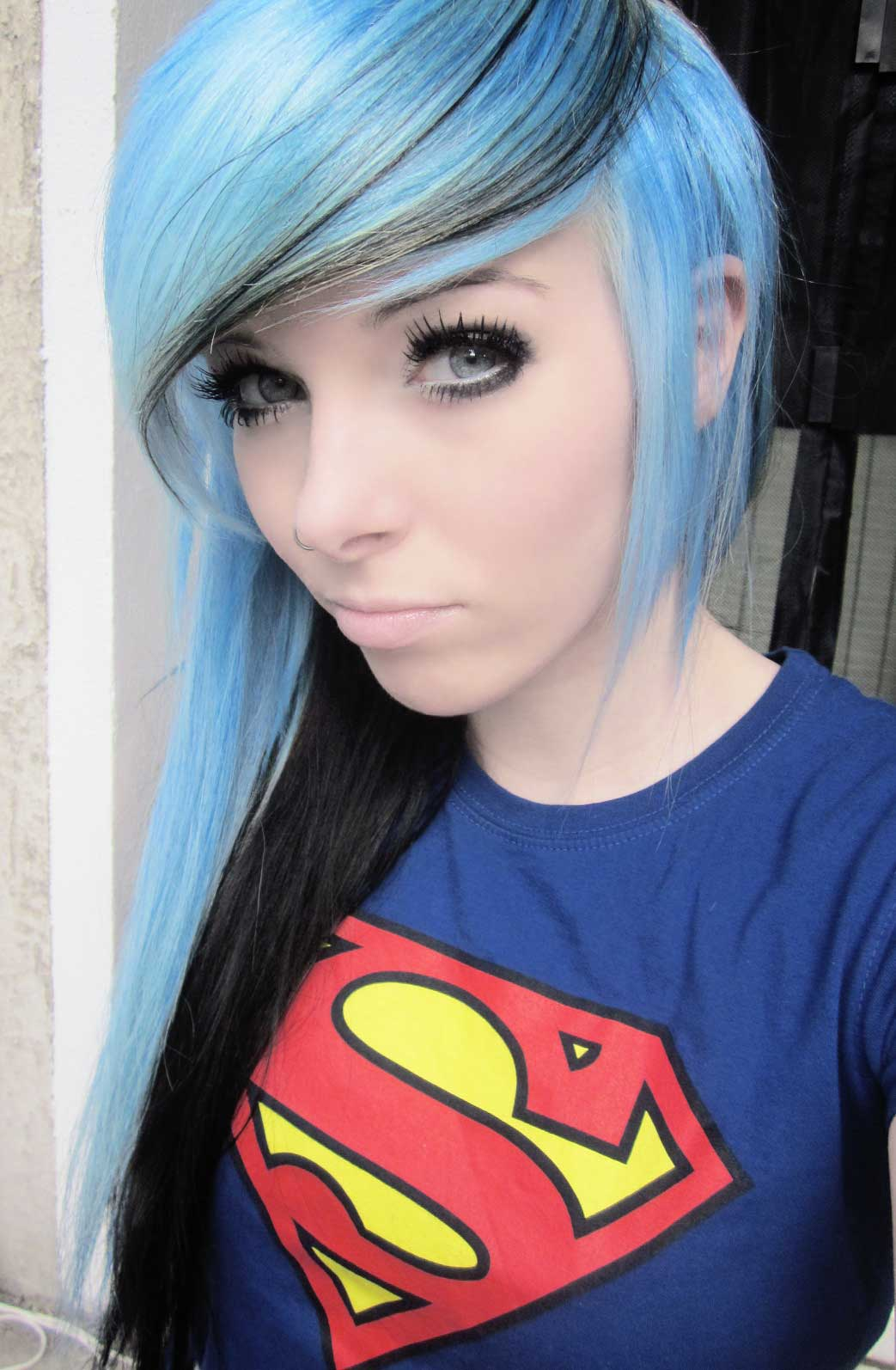 How to Get Advantageous With an Emo Girl - Top and Trend