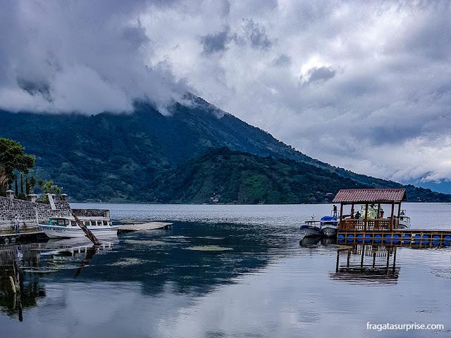 Santiago Atitlán, Lago de Atitlán, Guatemala