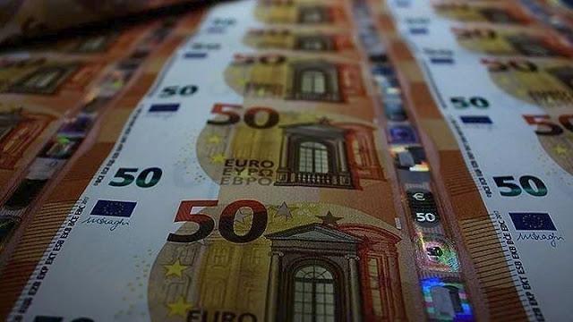 Μάνα και κόρη έκαναν αγορές από την Παλλήνη μέχρι την Αργολίδα με πλαστά χαρτονομίσματα