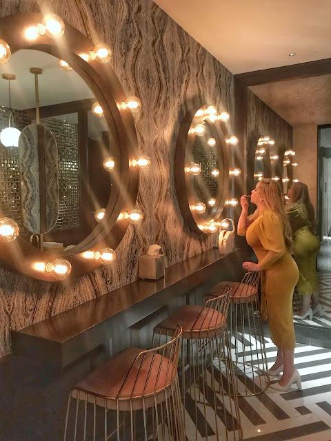 Wedding Anniversary: Cute bathroom at Emma Baja French
