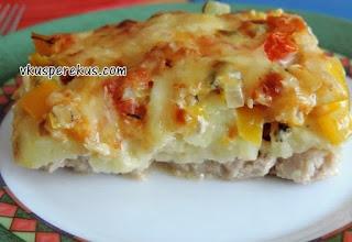 свинина с картошкой с сыром и овощами
