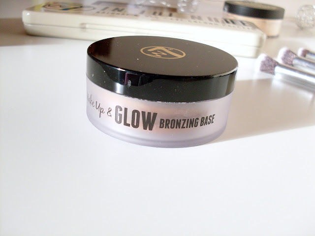 Wake Up & Glow Bronzing Base