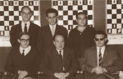 Componentes del Club Ajedrez Alcoy en 1965