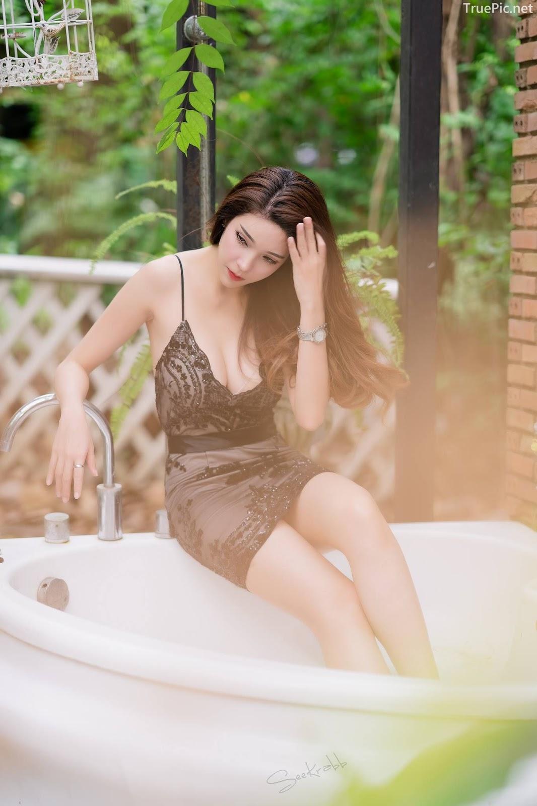 Thailand hot model - Janet Kanokwan Saesim - Black sexy garden - TruePic.net - Picture 1