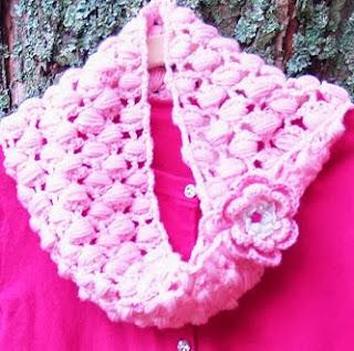 http://margaritapaz42.blogspot.com.es/2013/11/bufanda-de-crochetcon-imagenes-de-paso.html