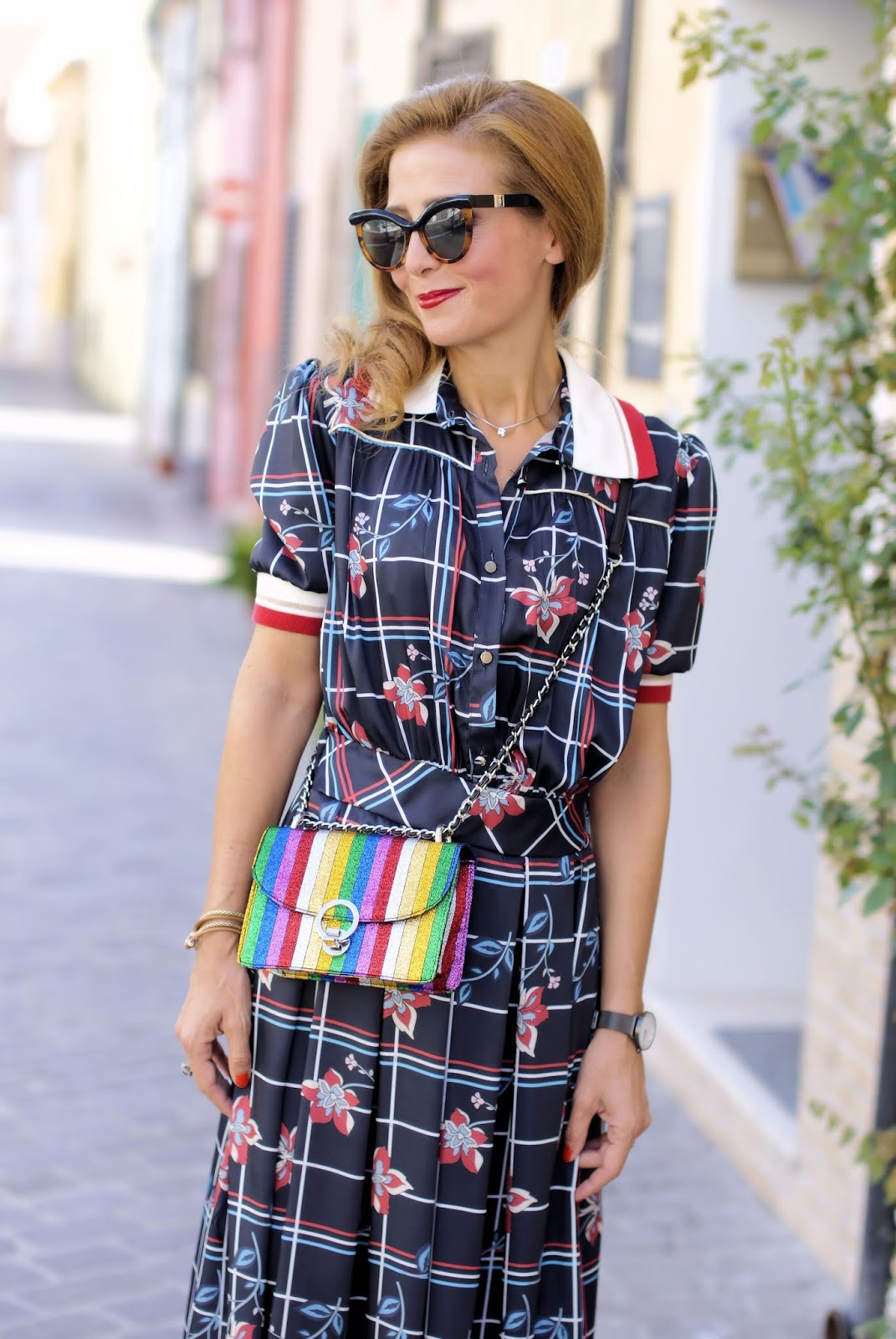 Miu Miu style white collar dress and rainbow bag on Fashion and Cookies fashion blog, fashion blogger style