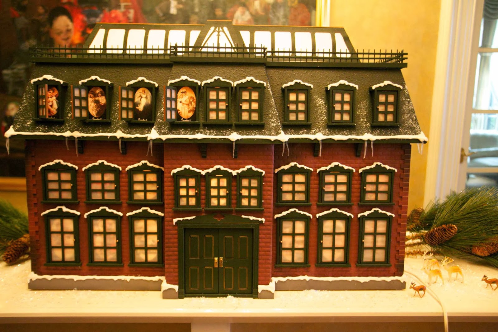Octoberfarm chevy chase s christmas vacation advent house