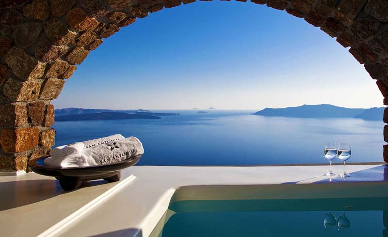 5 Dreamy Boutique Hotels on Santorini: Greece's Most Luxurious Island