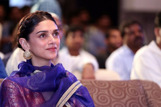 Aditi Rao Hydari at Cheliyaa Movie Audio Launch Stills