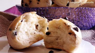Pangoccioli fatti in casa - Panini con gocce di cioccolato