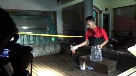 Dipicu Pinjam Motor, Bapak dan Anak Bunuh Tetangganya Sendiri
