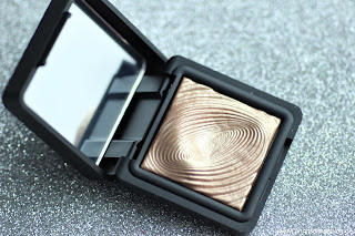 Review: KIKO Water Eye Shadow - Nr.208 - www.annitschkasblog.de