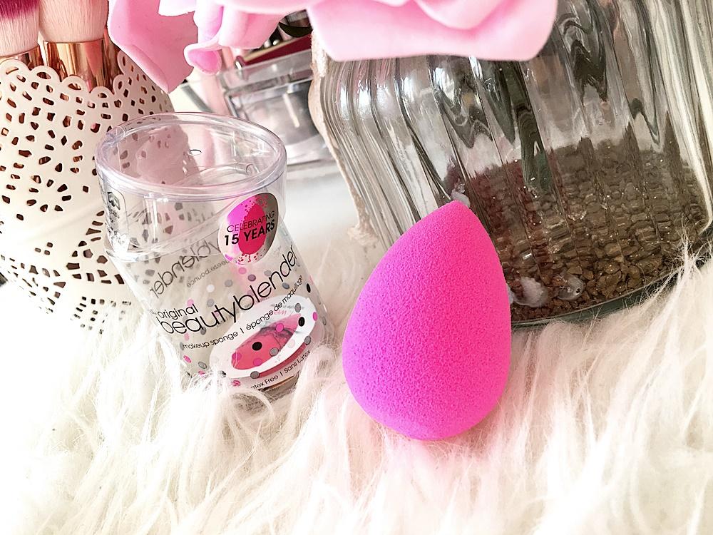 Nowości kosmetyczne od Ladymakeup: BeautyBlender, The Balm, Paese, Milani, Loveto.pl, Sleek