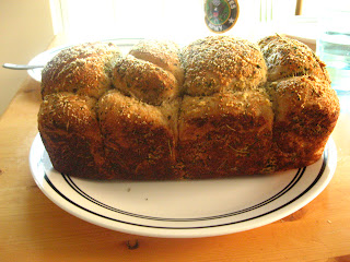 Seasoned white bread, herb bubble bread