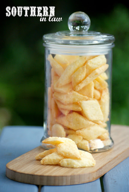 Southern In Law: Recipe: Easy Homemade Cheese Crackers ...